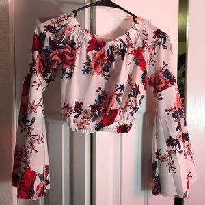 Crop top with bell sleeves